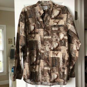NWOT Columbia Size M Duck/Fish Brown Shirt